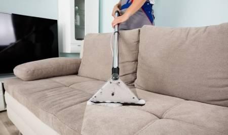 Pranie i czyszczynie sof